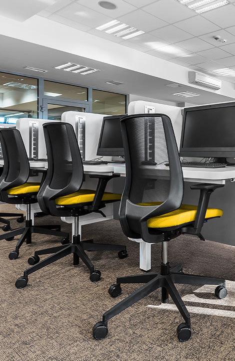 Gold Mountain Communications - chairs and workspace
